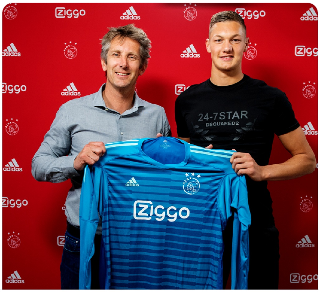 ¿Cuánto mide Edwin Van der Sar? - Real height Img_2127