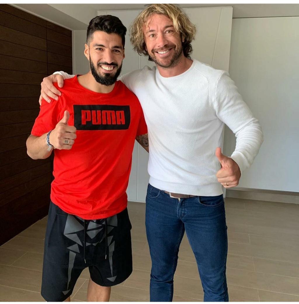 ¿Cuánto mide Luis Suárez? - Real height Img_2178