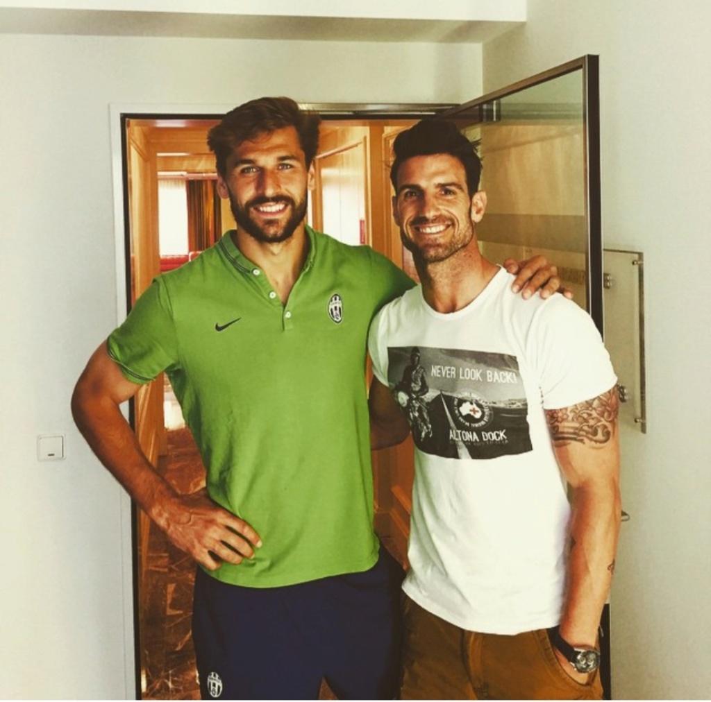 ¿Cuánto mide Fernando Llorente? - Real height Img_2348