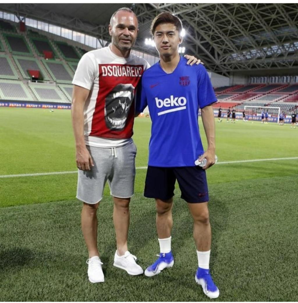 ¿Cuánto mide Andrés Iniesta? - Altura - Real height - Página 2 Img_2397