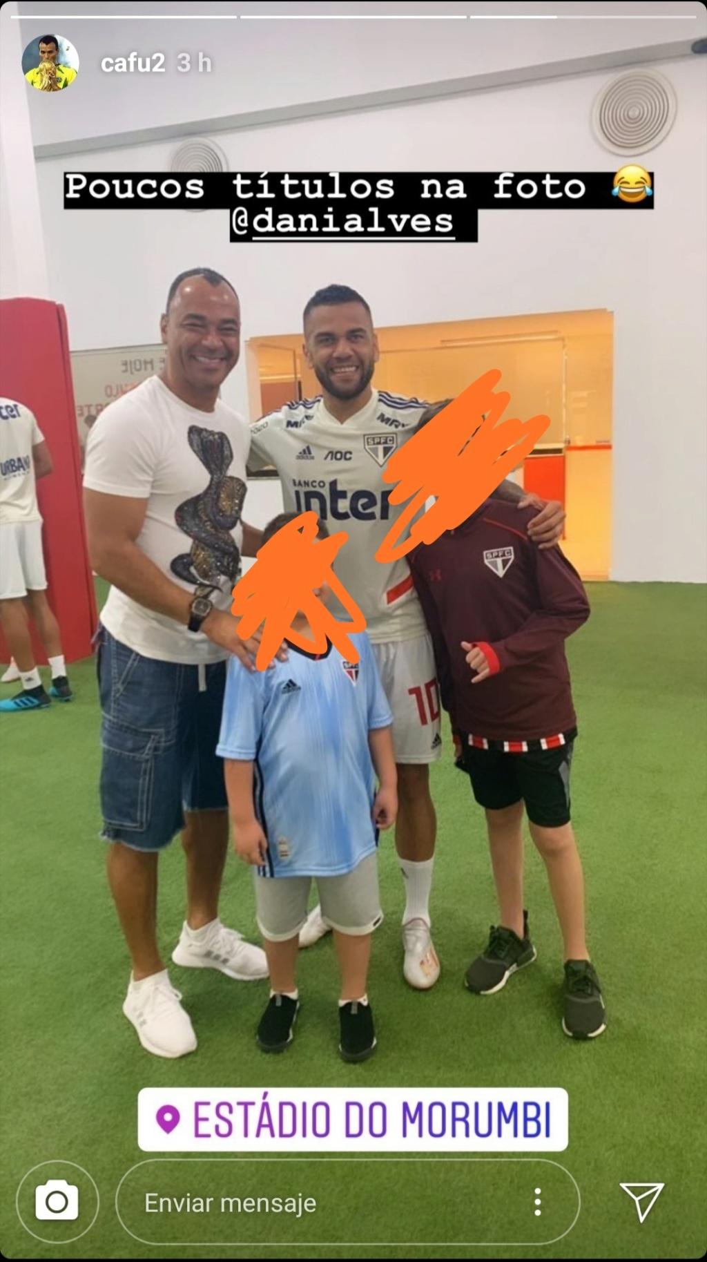 ¿Cuánto mide Dani Alves? - Real height Img_2445