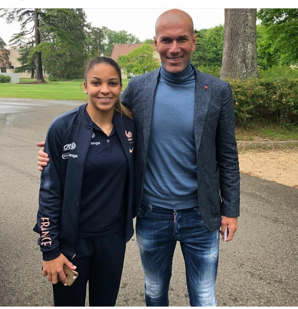 ¿Cuánto mide Zinedine Zidane? - Altura - Real height Img_2446