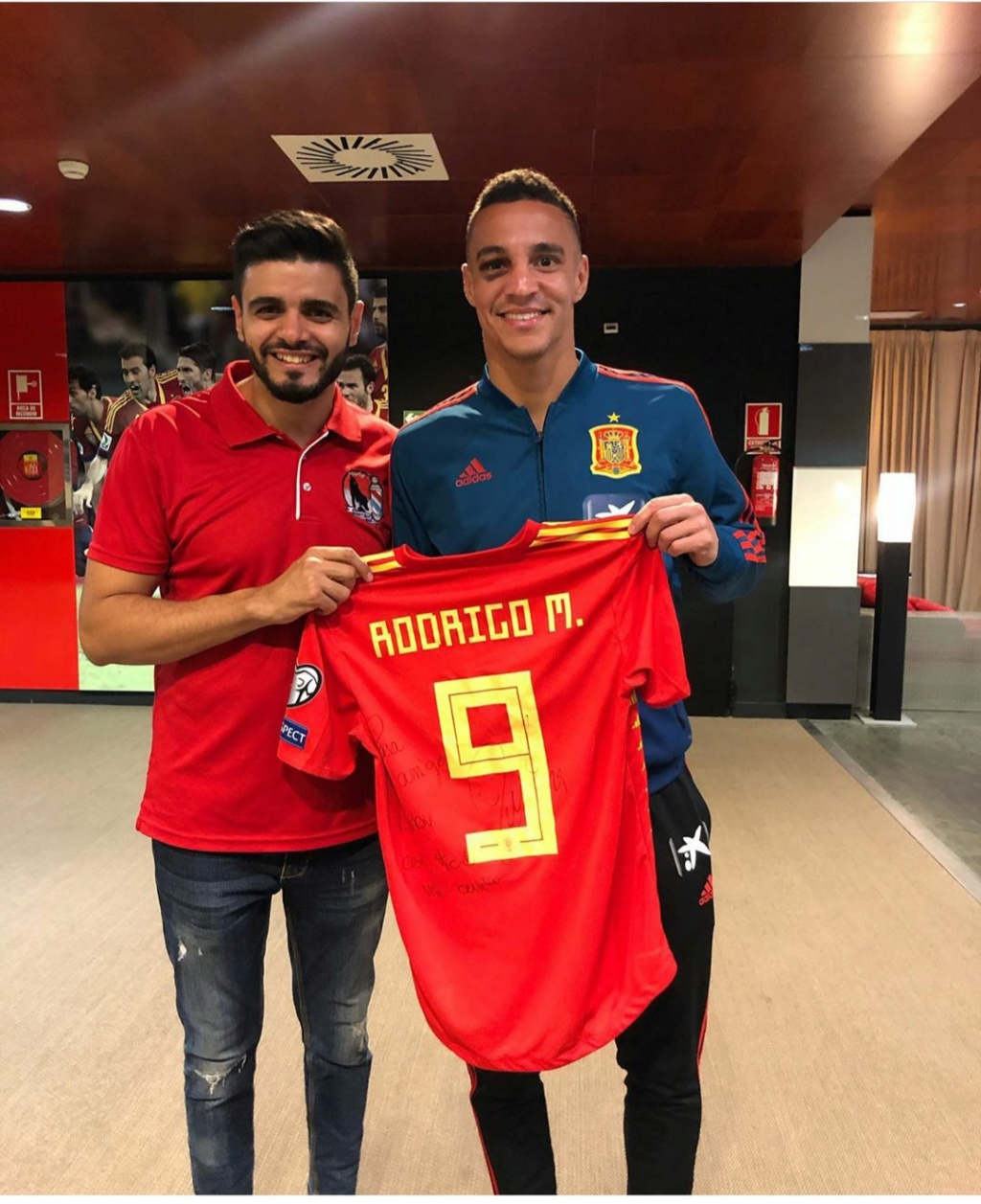 ¿Cuánto mide Rodrigo Moreno? - Altura Img_2512