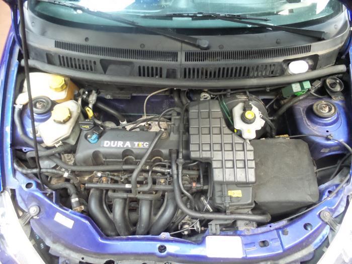 (Ford KA de 1998)  plus d accélération sur  Dd528010