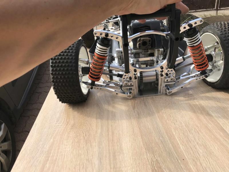 LEOPARD 2WD, ma citrouille de buggy.  - Page 4 Img_6848