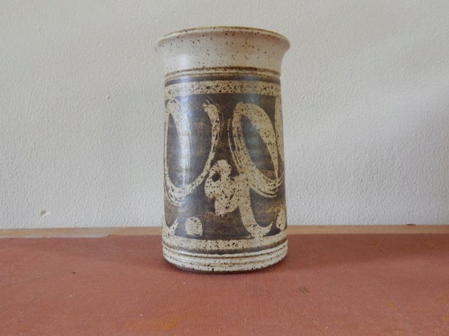 Stoneware Bowl and Vase Dscn2517