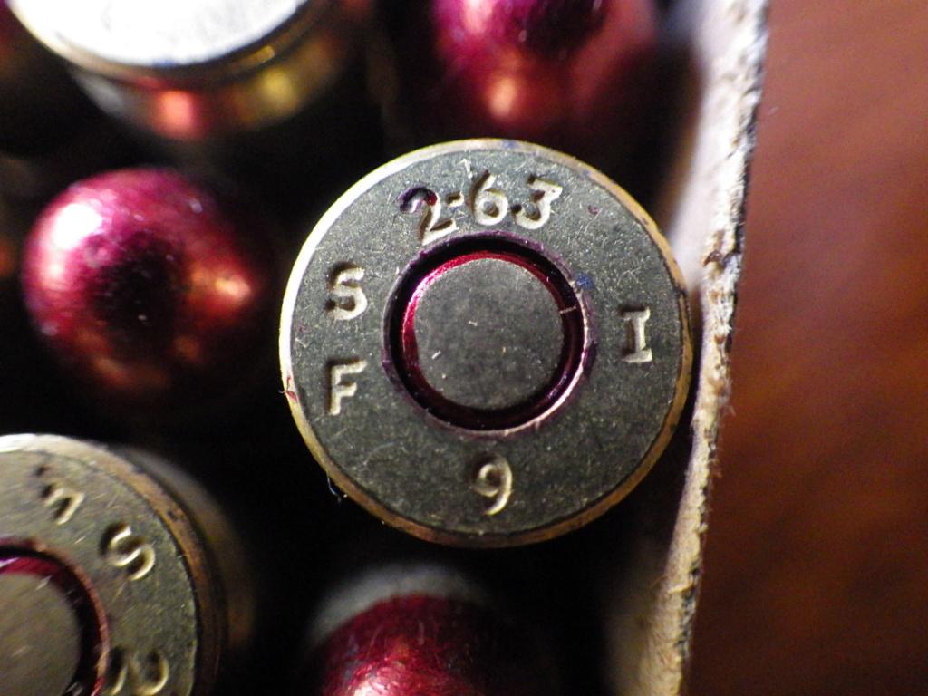 """Boite de 9mm """"chargées pour fortes pressions""""  Rimg4340"""