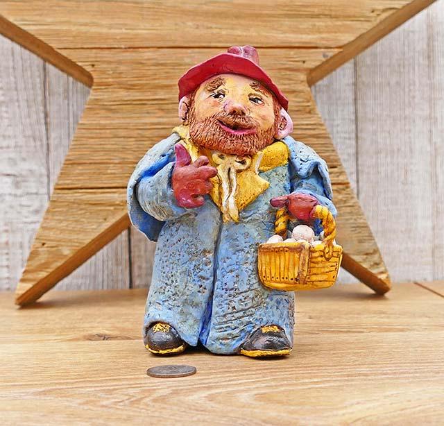 Please Help ID: Russian Studio Pottery Figurine? Russia10