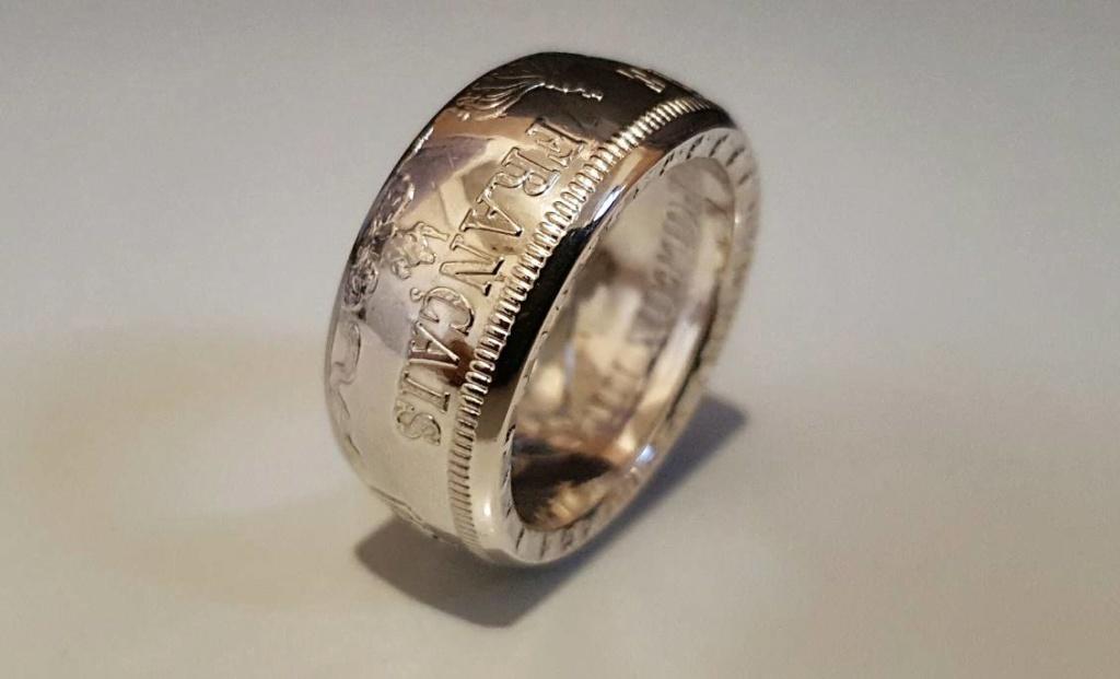 Bijoux à base de pièce de monnaie ( coin ring)  15292210