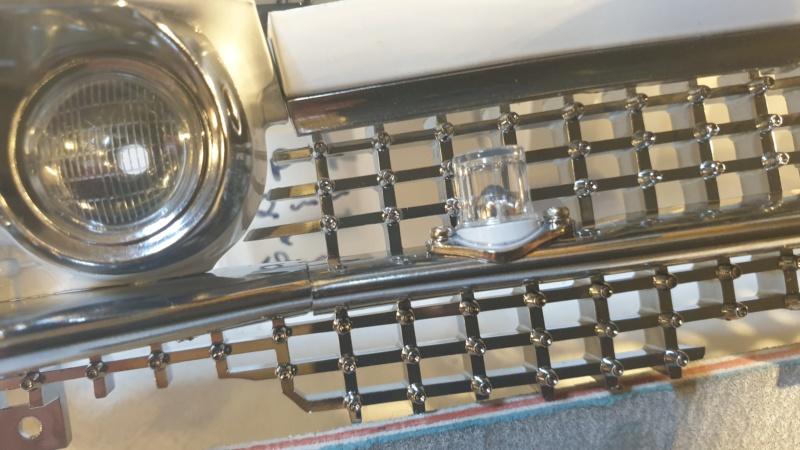 1:8 Replik von Ecto-1, dem Cadillac aus Ghostbuster I-II  20210452