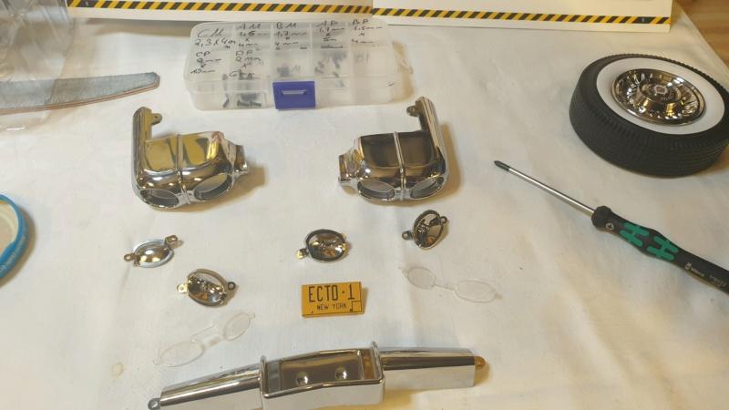 1:8 Replik von Ecto-1, dem Cadillac aus Ghostbuster I-II  20210455