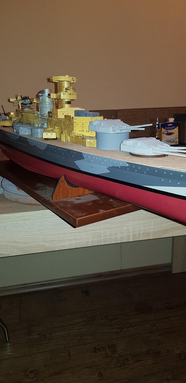 Die Scharnhorst von Hachette in 1/200 Scharn36