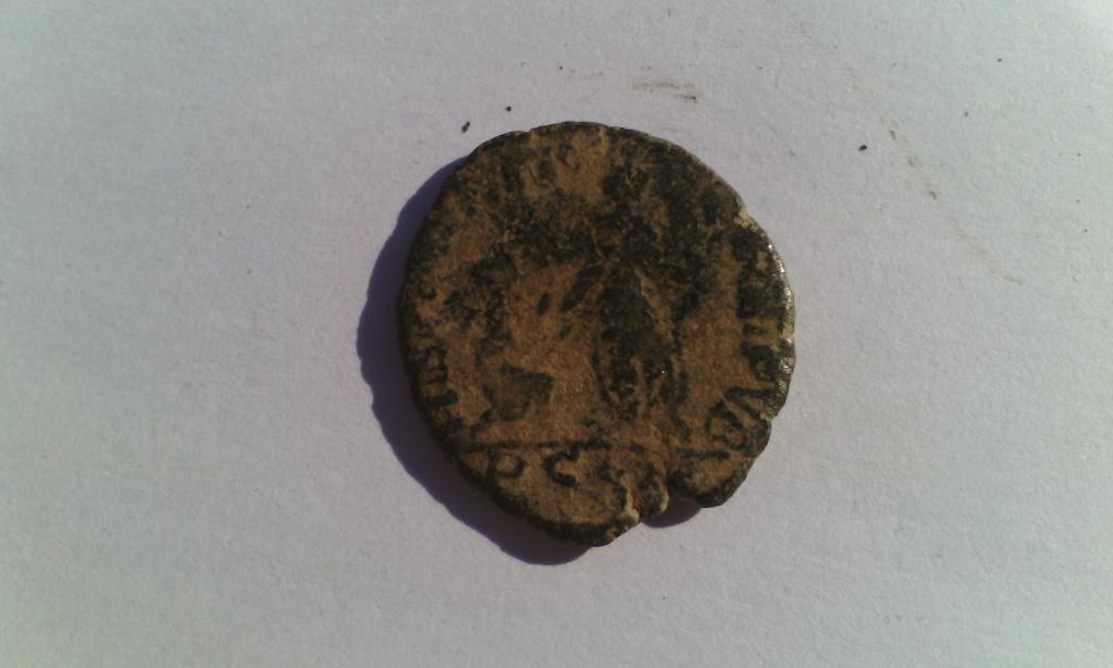 Varias monedas Romanas de AE. Img_2019