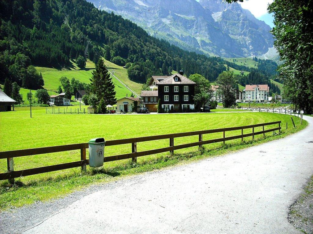 سويسرا وأجمل المناطق السياحية فيها 1111