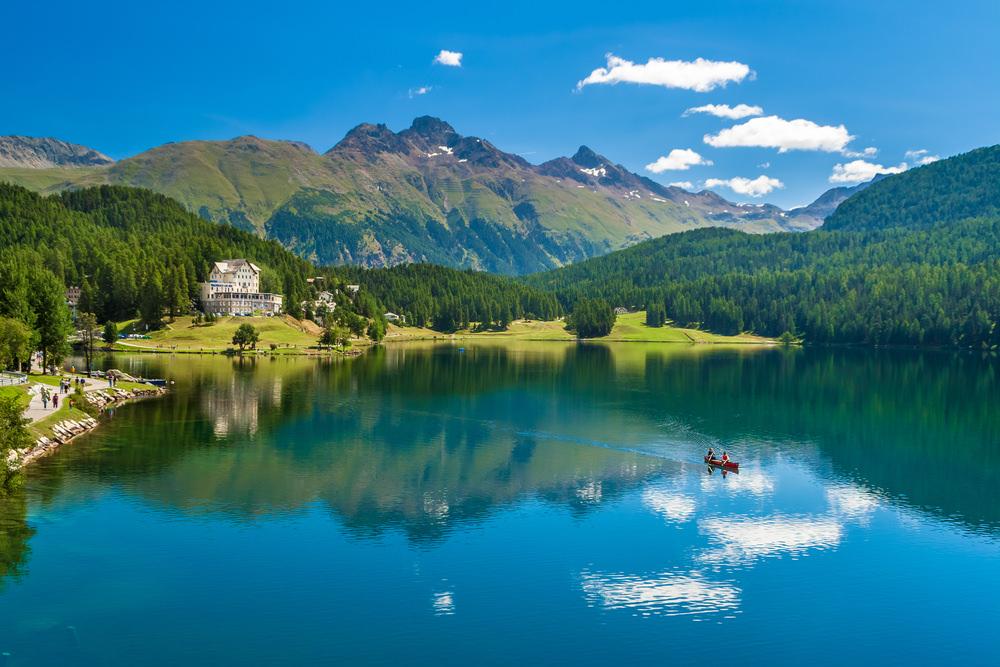 سويسرا وأجمل المناطق السياحية فيها 911