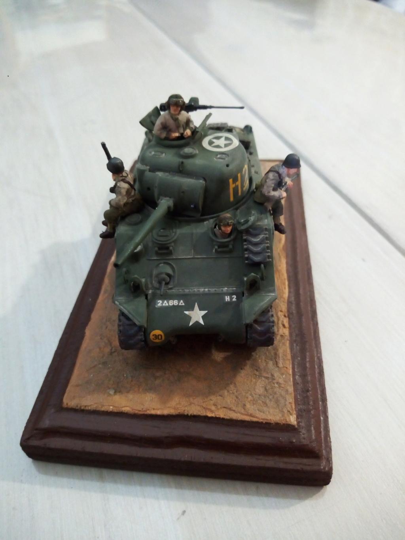 "M4 Sherman ""DDay"" HELLER - Page 5 Img_2052"