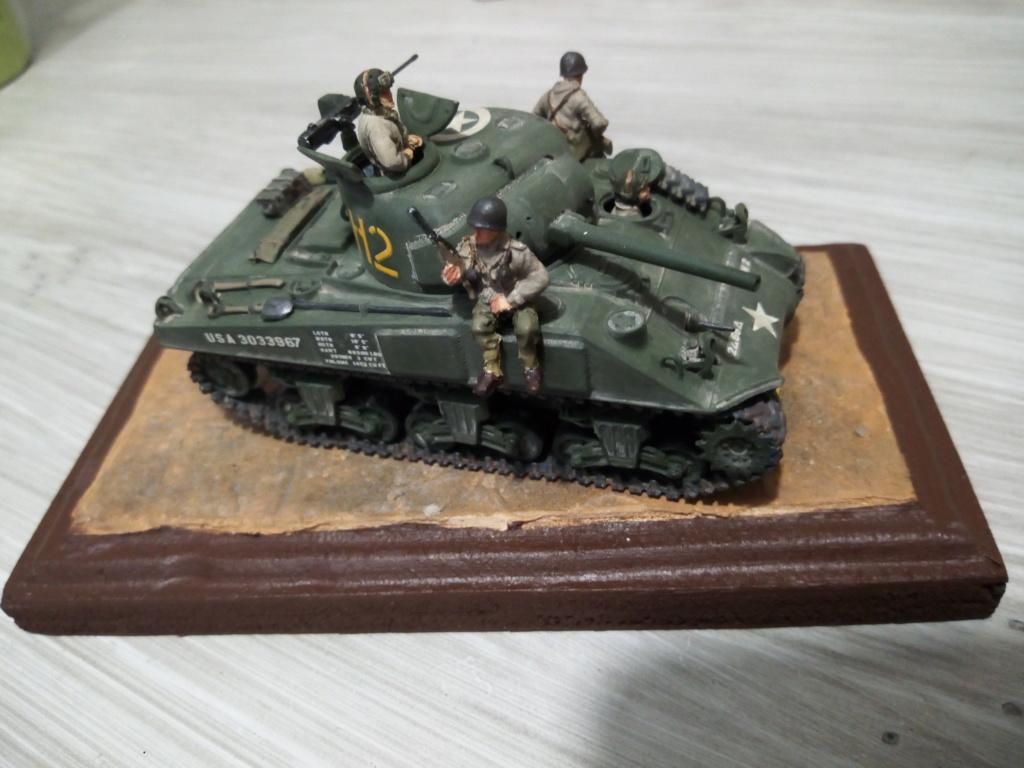 "M4 Sherman ""DDay"" HELLER - Page 5 Img_2053"
