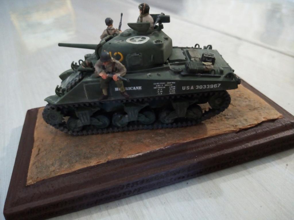 "M4 Sherman ""DDay"" HELLER - Page 5 Img_2054"