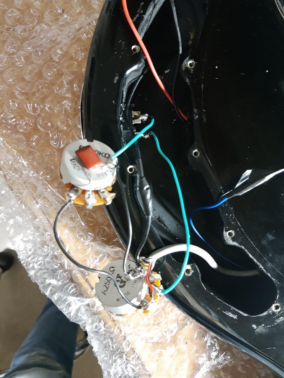 Esquema de elétrica do Tagima TBM5 (Deixar passivo e usar chave 2p4t) Whatsa10