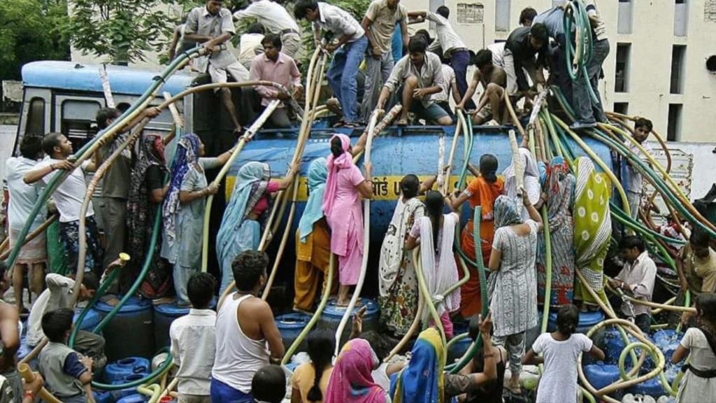В Индии убивают за воду U10