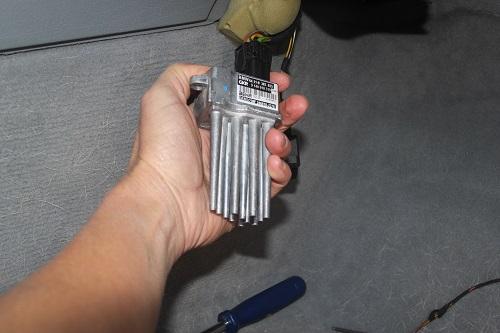 [ BMW E46 320d an 2002 ] batterie qui se vide - alternateur OK Img_1114