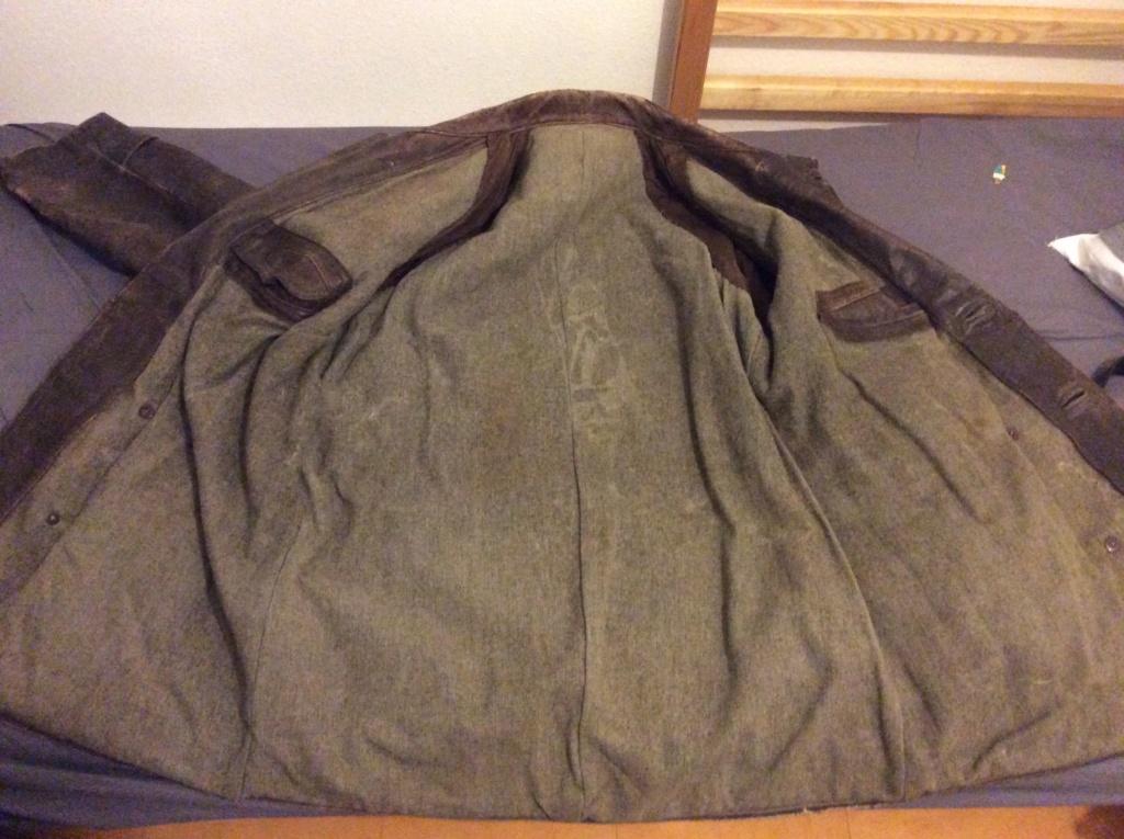L'histoire de deux vestes en cuir 2dafb410