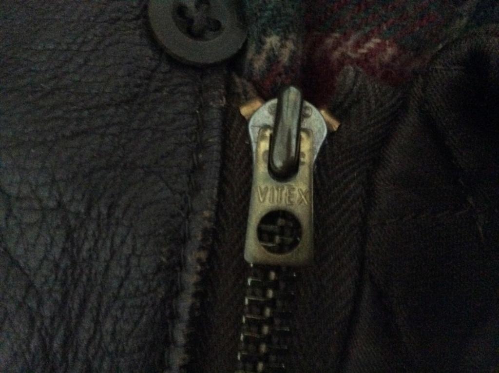 L'histoire de deux vestes en cuir 3eb74610