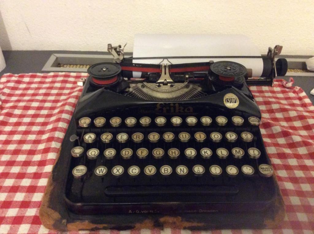 Machine à écrire entre-deux guerres ?  66b08310