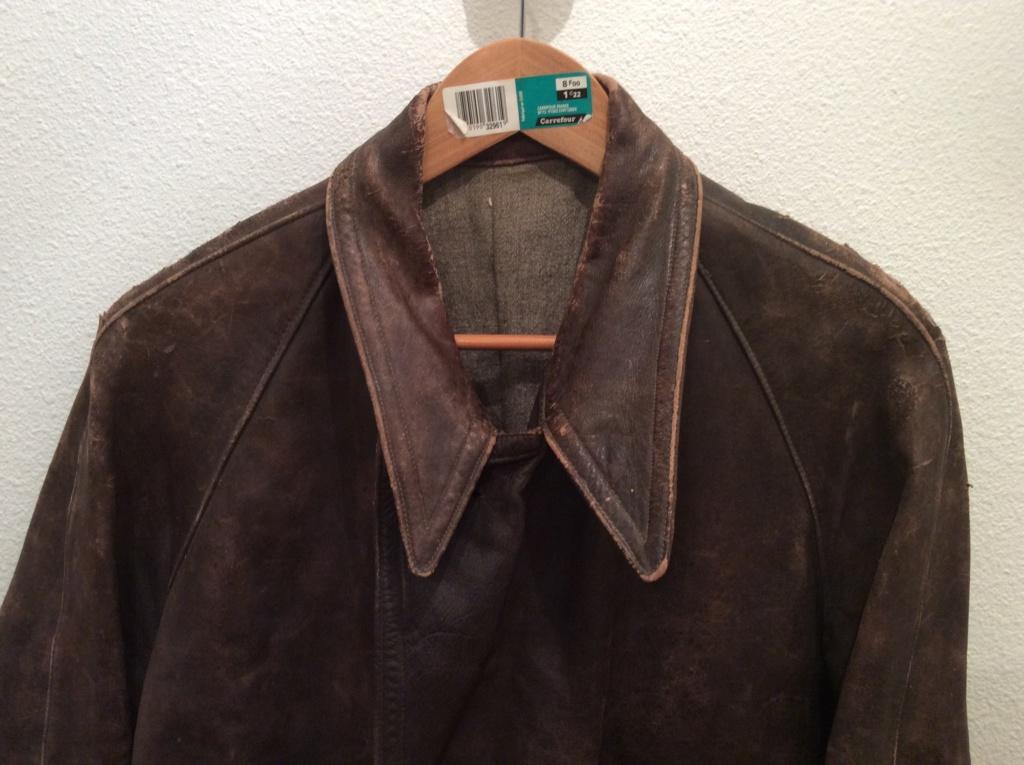 L'histoire de deux vestes en cuir B944e810