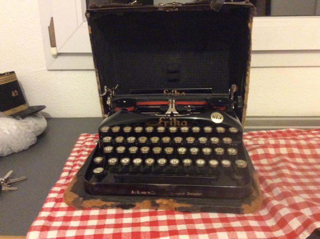 Machine à écrire entre-deux guerres ?  C6465610