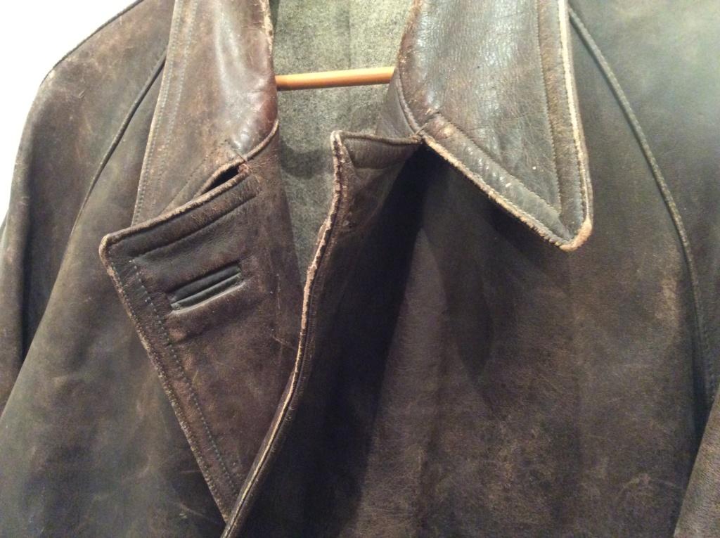 L'histoire de deux vestes en cuir D5c8b310