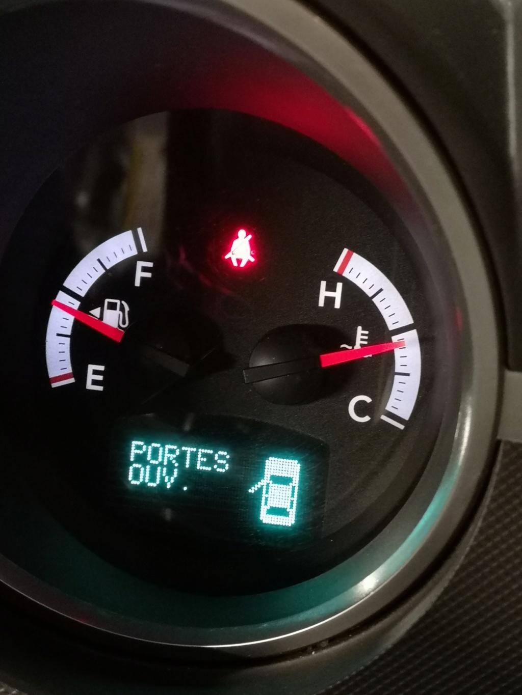 Chauffage intérieur aléatoire sur Dodge Nitro - Page 19 Img_2013