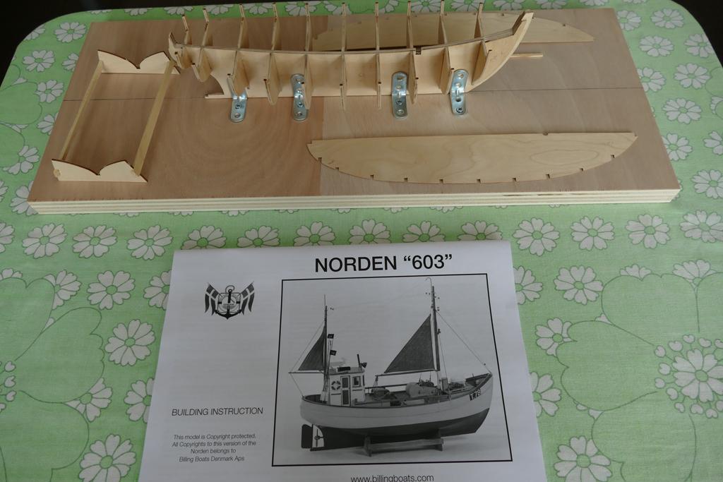 Chalutier NORDEN au 1/30 de BILLING BOATS Norden18
