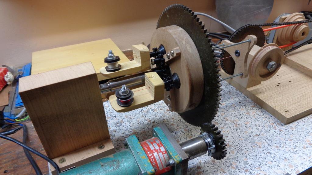 Machine à commettre les cordages par Fred P. Dsc00215