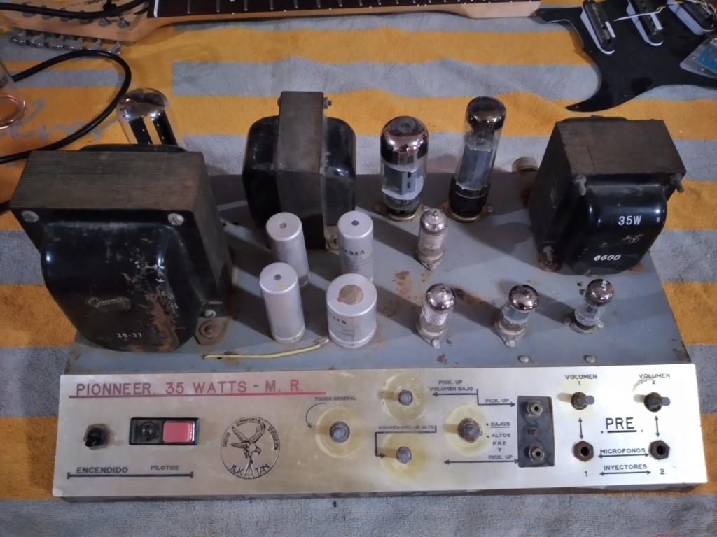 Ayuda con un amplificador desconocido 20200515