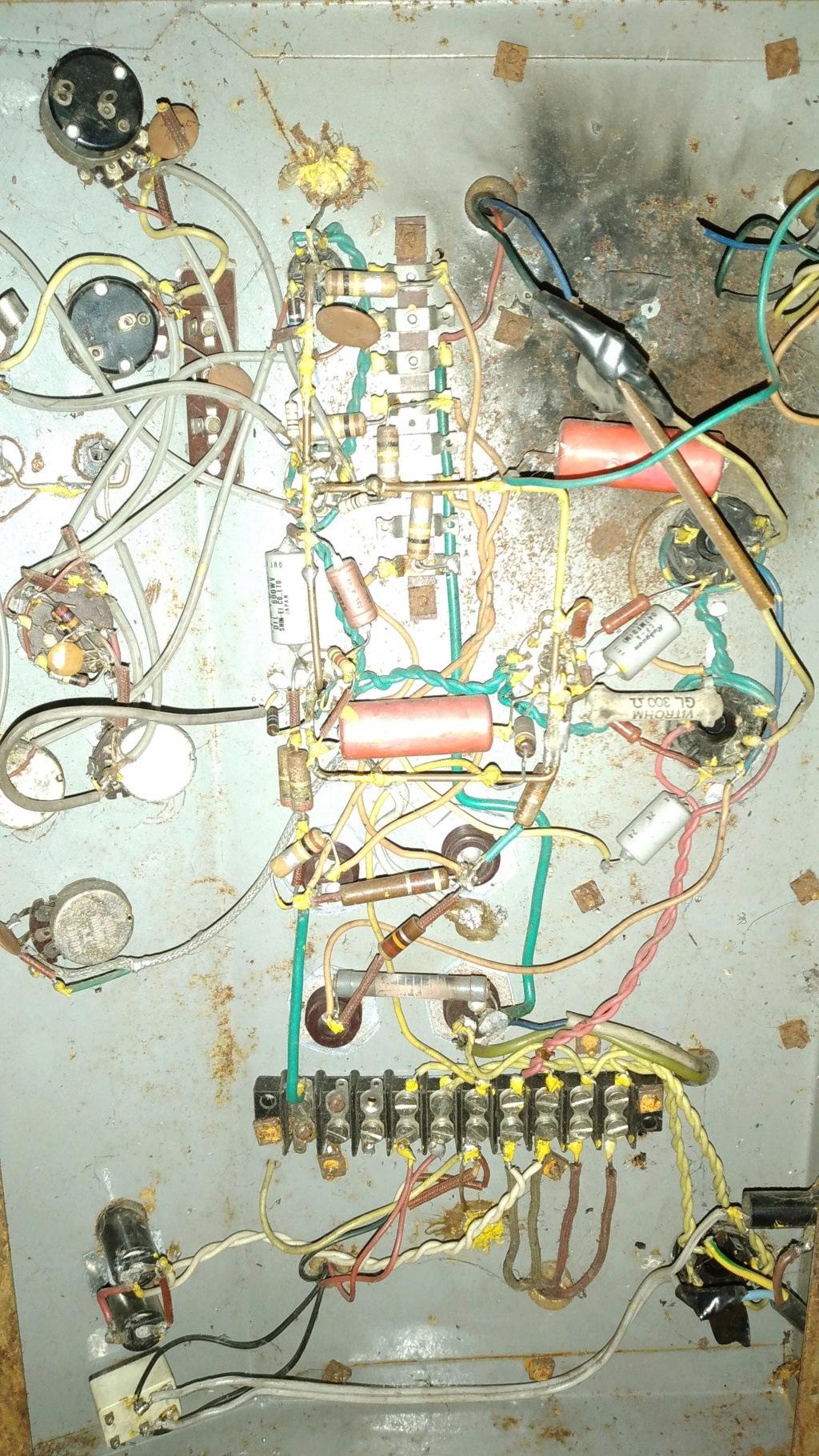Ayuda con un amplificador desconocido Img-2012