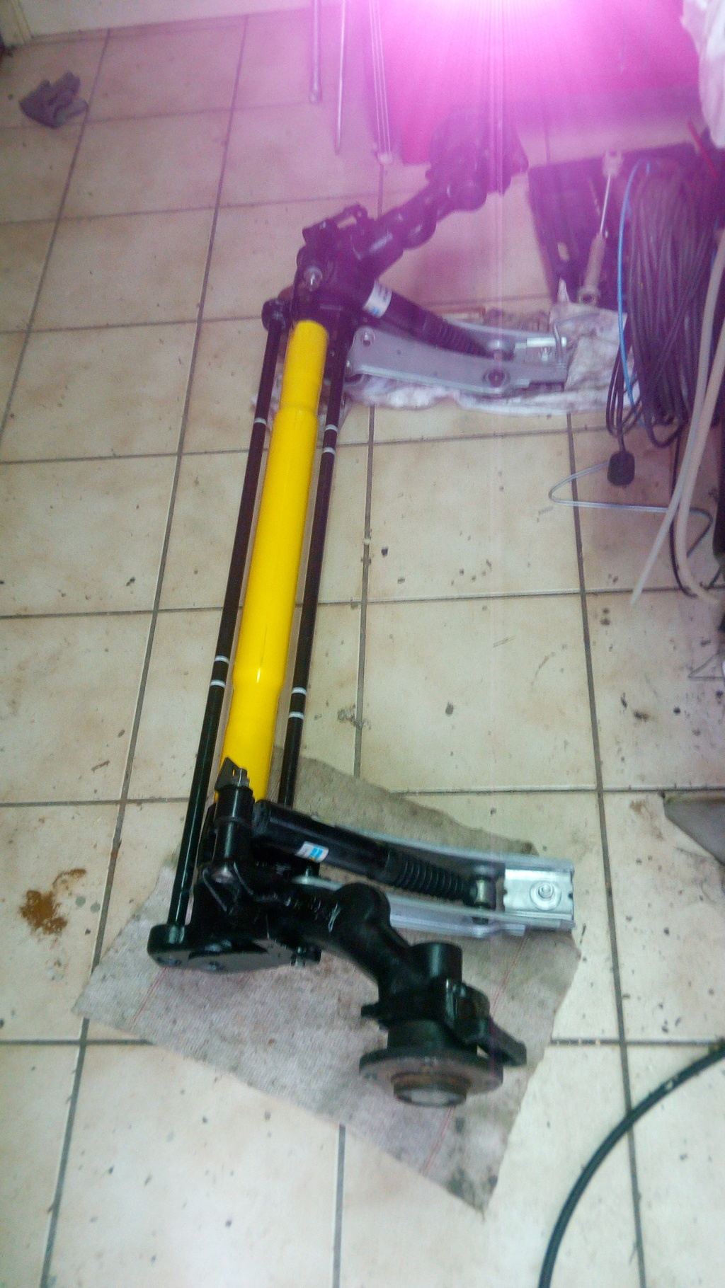 [58] 205 GTi Griffe - 130cv - AM91 - Vert Fluorite Img_2067