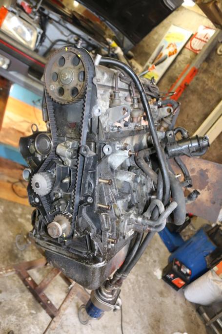 [58] 205 GTI 1L9 - 130cv - AM89 - Bleu topaze Neubauer Img_8260