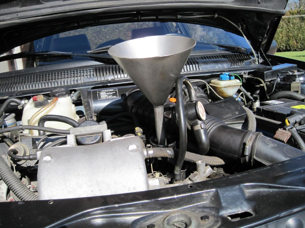 [58] 205 GTi 1L9 - 130cv - AM91 - Vert Sorrento - sous le soleil !!! - Page 2 News_115