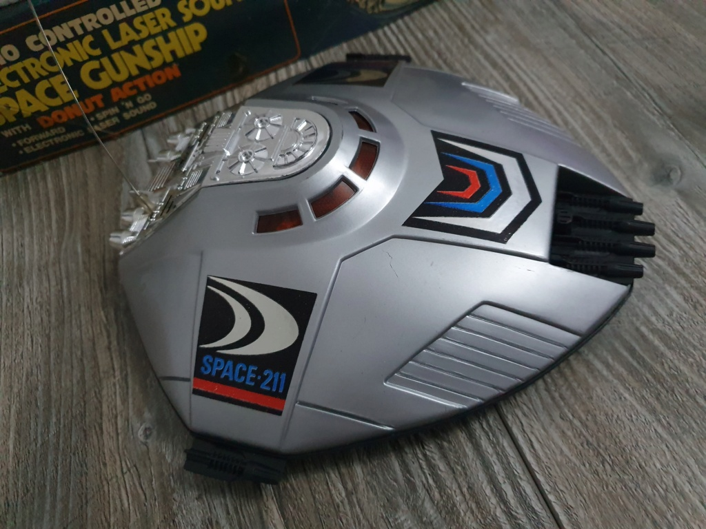 Electronic laser sound space gunship radio controlled Funzionante 20200118