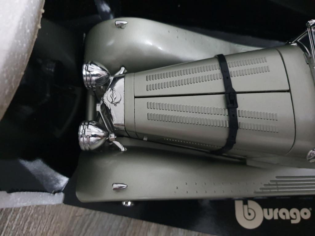 BURAGO Jaguar SS100 (1937) No.3006 20200138