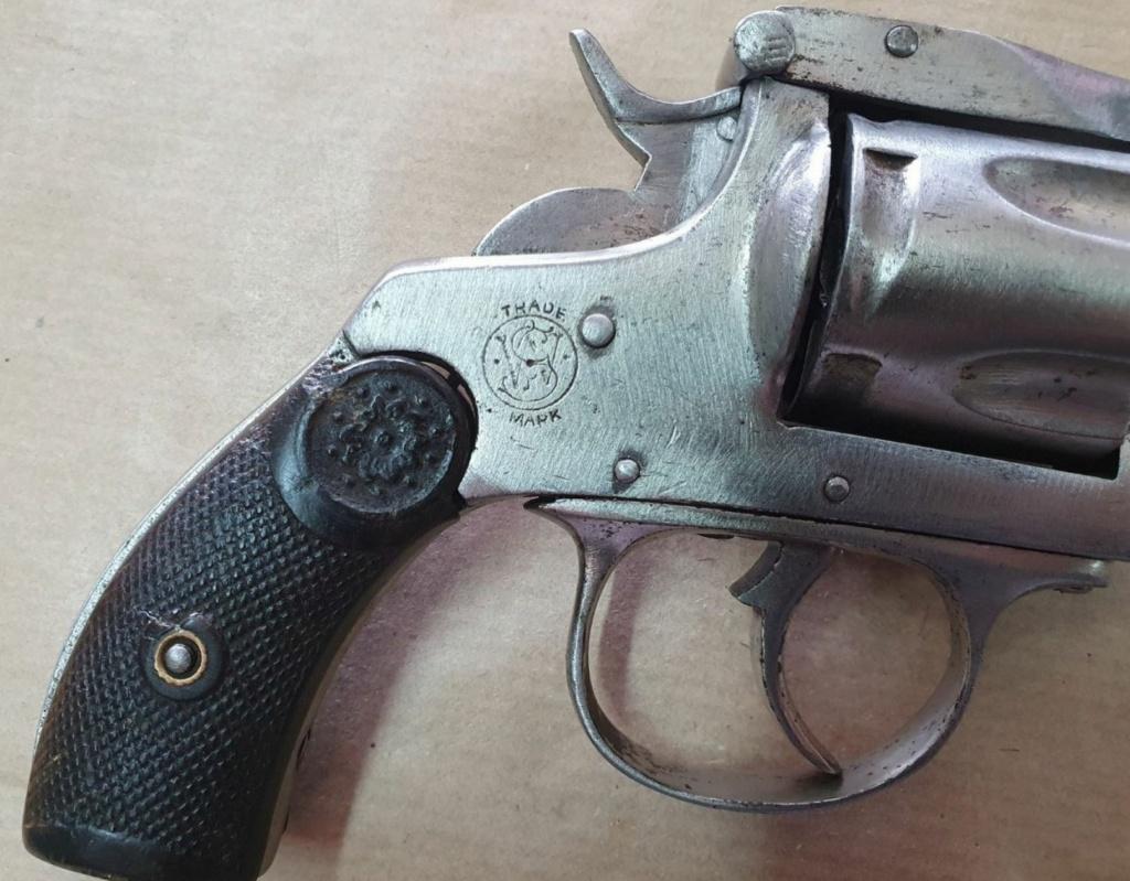 Smith et Wesson 38 5th model Copie_15