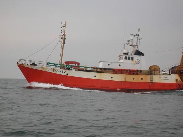 [VIE DES PORTS] Quelques bateaux de pêche (sur nos côtes Françaises) 27_03_13
