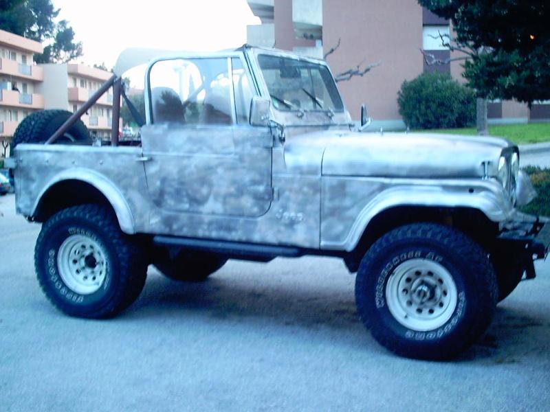 le V8 quadra s est pris un coup de camouflage Photos10