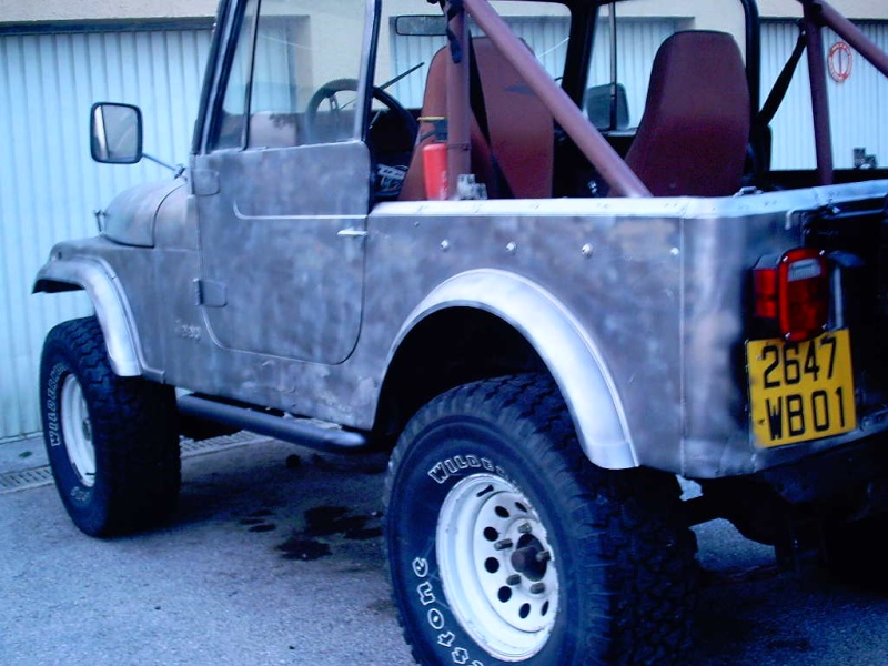 le V8 quadra s est pris un coup de camouflage Photos12