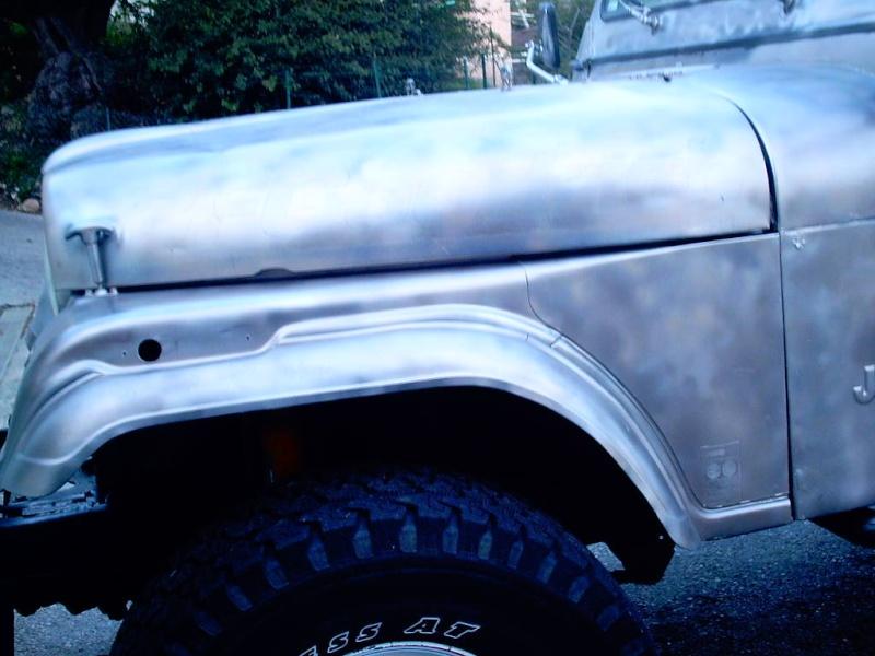 le V8 quadra s est pris un coup de camouflage Photos13