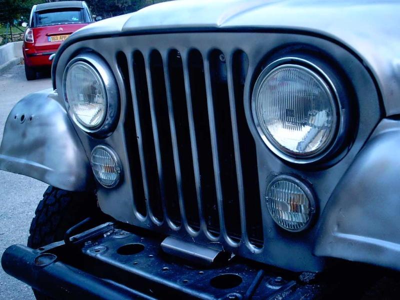 le V8 quadra s est pris un coup de camouflage Photos14