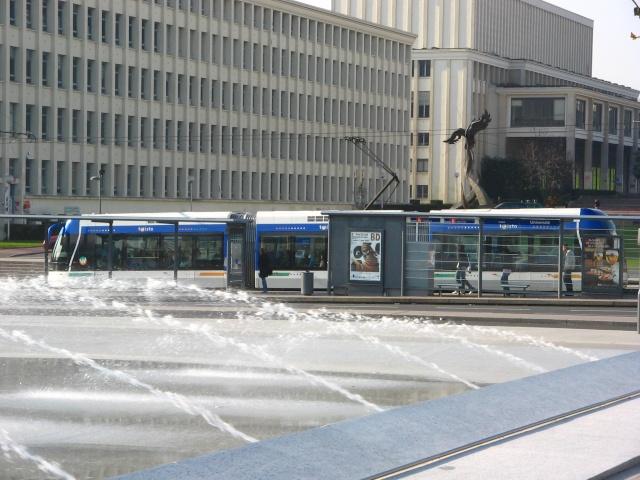 Pas de deuxième ligne de tram avant 2018 Img_0115