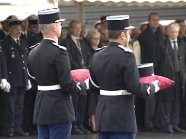 Florian THEVENOT - Gendarme ; EGM 25/6 (21.02.2008) Hommag10