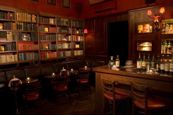 Le bar: Du nouveau à l'Ouest? Tynska10
